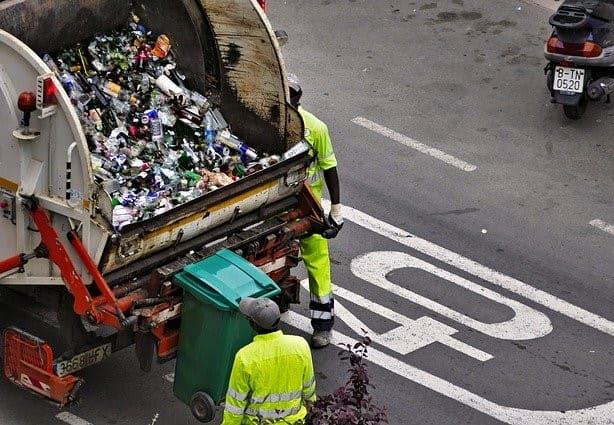 Análisis de metales y toxicidad en residuos peligrosos