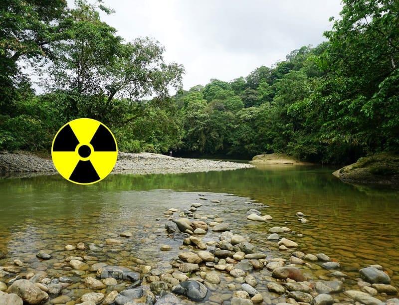 Radioactividad natural en aguas y suelos Colombia